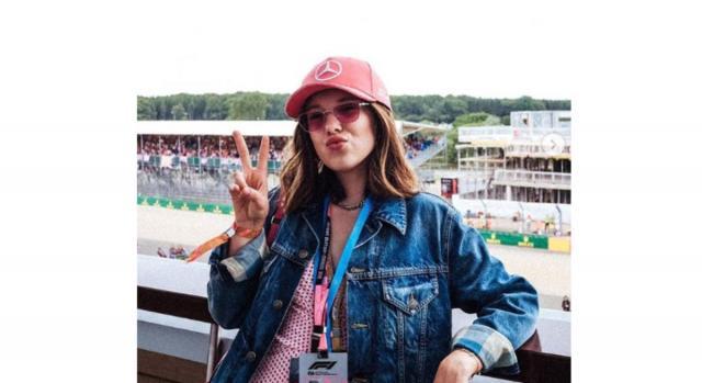 Millie Bobby Brown al Gran Premio di Silverstone in UK, tifa per Lewis Hamilton