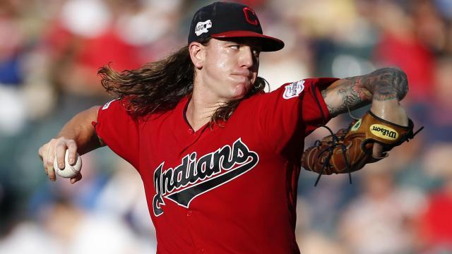 El regreso de Mike Clevinger es clave para los Indians. MLB.com.