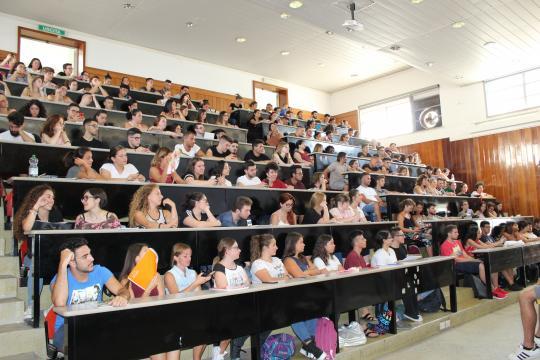 Una delle aule di studenti che seguono il primo giorno di lezioni di Assistest 19