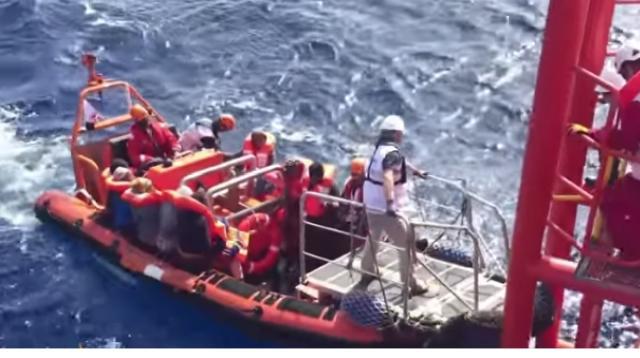 Refugee boat carrying hundreds capsizes off Libya coast. [Image source/Al Jazeera English YouTube video]
