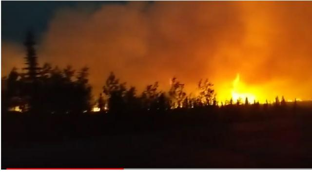 Swan Lake Fire June 26, 2019 at 1 am. [Image source/movies260 YouTube video]