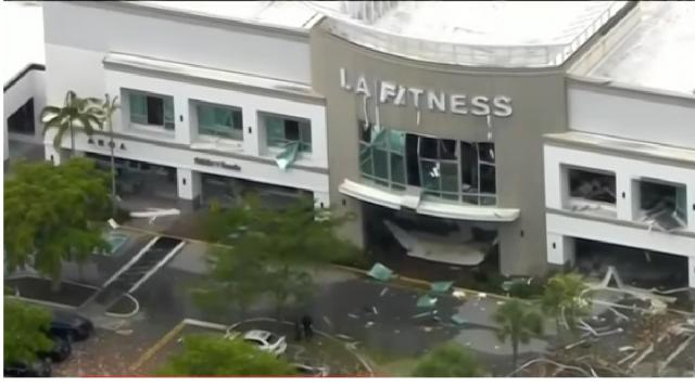 Explosion tears through Florida shopping center, injuring at least 20. [Image source/NBC News YouTube video]