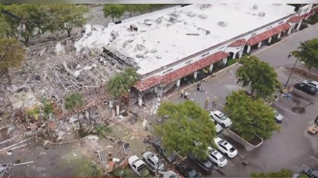 Gas explosion hurts 20 at South Florida mall. [Image source/Miami Herald YouTube video]