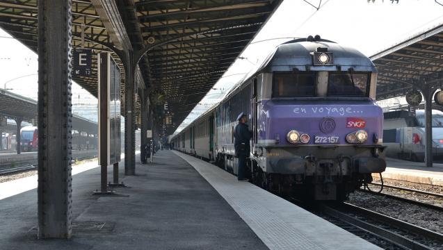 La SNCF inaugure le Wi-Fi sur une première ligne Intercités - Tech ... - numerama.com