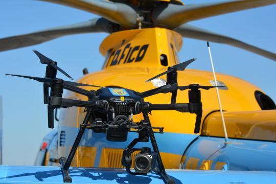 Operación salida: los drones de la DGT comienzan a multar el 1 de ... - elpais.com