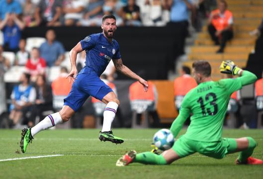 Giroud adelantó al Chelsea en el primer tiempo. ww.futbolcom.mx