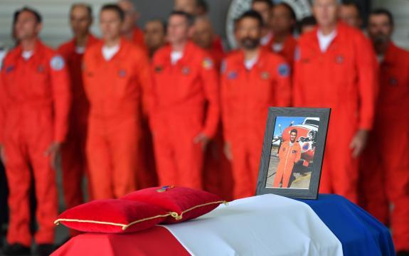 Hommage à Franck Chesneau : les pompiers du ciel pleurent un frère ... - lefigaro.fr