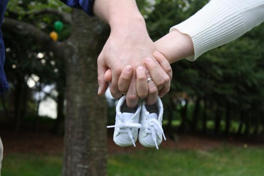 Maternità e paternità: chi ne ha diritto, requisiti e importi ... - prestitisumisura.it