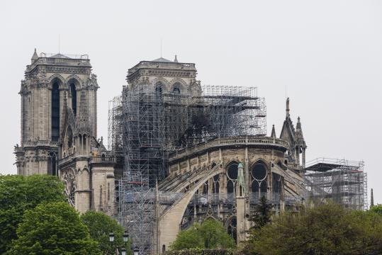 I lavori di restauro alla cattedrale di Notre-Dame dopo l'incendio dello scorso aprile