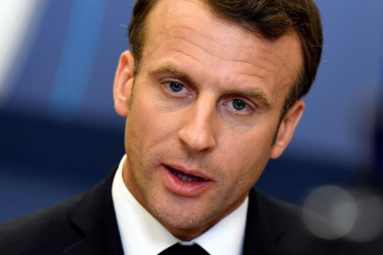 Jeudy politique - Macron, candidat de la droite en 2022? - parismatch.com
