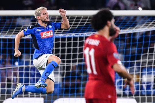 El Napoli venció 2-0 al campeón de Europa. - yahoo.com