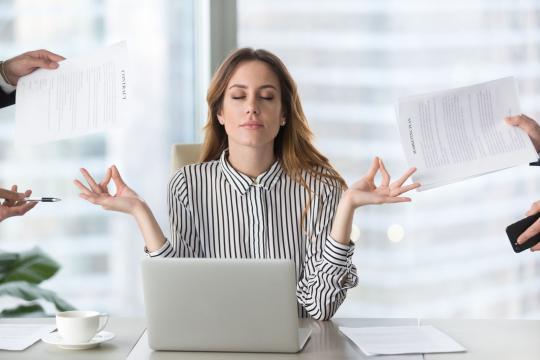 9 façons de gérer le stress lié au travail, de l'aube au crépuscule - arcoptimizer.com