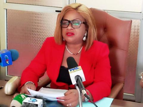 Directeur Général de l'API Mme Marthe Angeline Minja (c) Odile Pahai