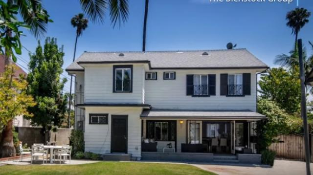 The Los Angeles home where Meghan Markle lived. [Image source/Sacramento Bee YouTube video]
