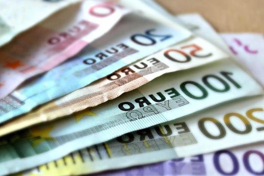 Foto gratis: Carta, denaro, valuta, finanza - pixnio.com