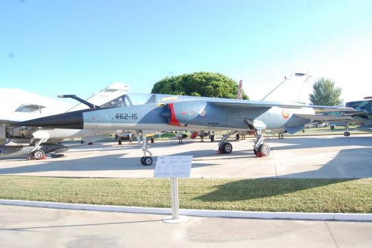 Un recién llegado, el Mirage F-1 con la librea azul del Mando Aéreo de Canarias