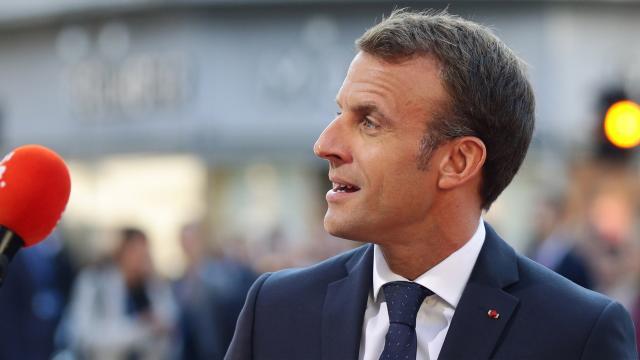 Emmanuel Macron s'immisce dans le pouvoir judiciaire - blastingnews.com