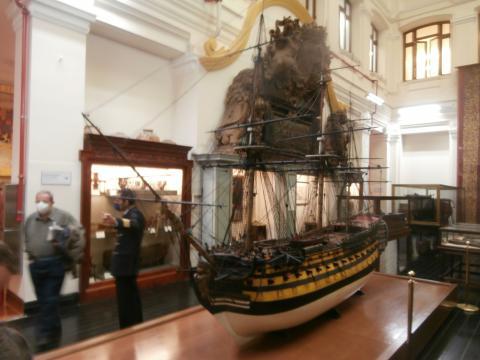 El Santa Ana uno de los mas modernos y heroicos navíos de guerra españoles en los siglos XVIII y XIX
