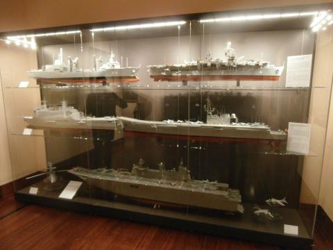 La Armada hoy. Maquetas de sus buques más modernos
