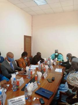 Le Ministre de la Jeunesse Mounouna Foutsou et le Système des Nations Unies (c) Minjec