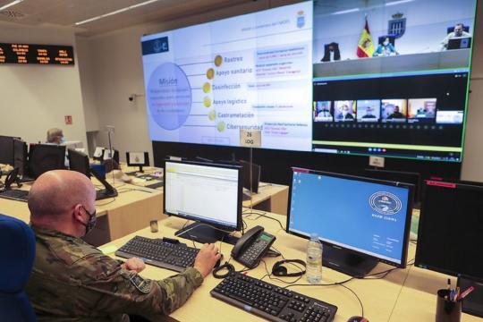 Desde la sala del MOPS se dispone de todos los datos del despliegue contra el virus