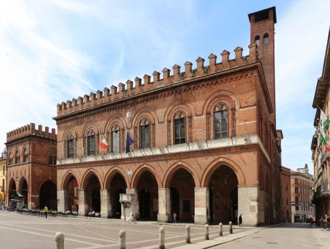 Palazzo del Comune - turismocremona.it