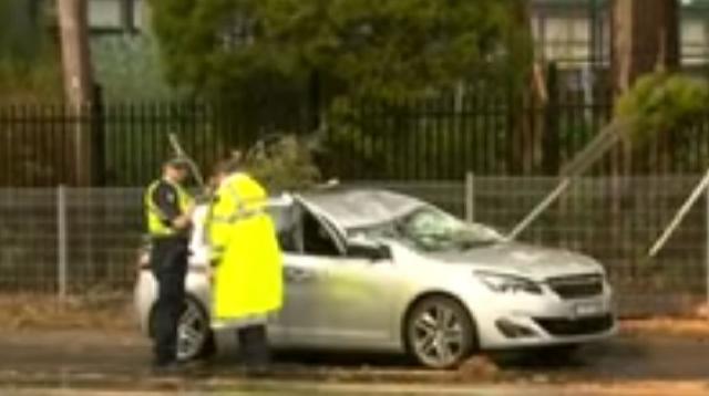Supercell thunderstorm hits Melbourne, Australia. [Image source/Nine News Australia YouTube video]