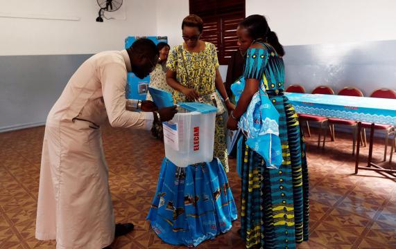 Présidentielle au Cameroun: Elecam ne croit pas au succès des recours - rfi.fr