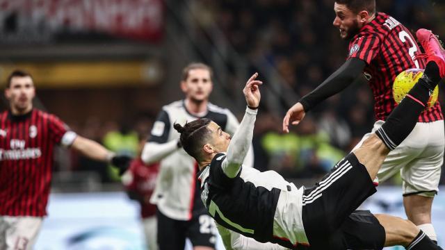 La rovesciata di Cristiano Ronaldo, azione terminata col calcio di rigore per la Juventus