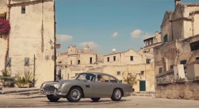 No Time to Die Trailer # 3 (New 2020) James Bond Movie starring Daniel Craig. [Image source/Movie Coverage YouTube video]