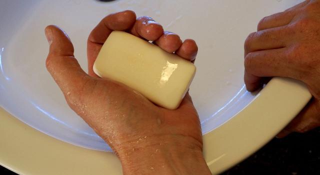 Una simple y económica pastilla de jabón, tan efectiva como la futura vacuna. (Foto de Piqsels)