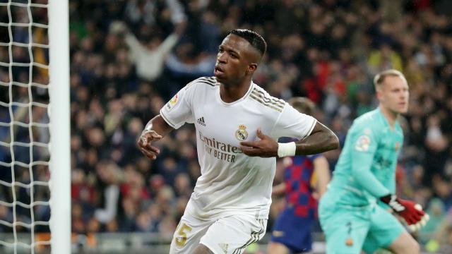 El Madrid es líder de liga por un punto. www.yahoo.com