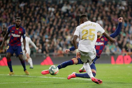 Vinícius fue la bujía ofensiva del Madrid en el Clásico. - www.thesun.co.uk