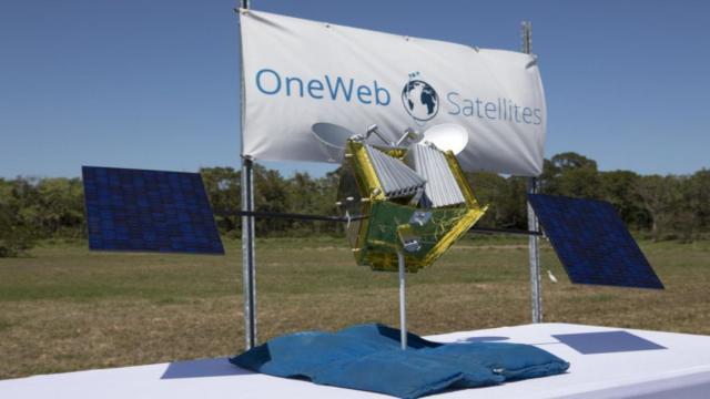 OneWeb rilascia 34 satelliti nello spazio per la rete globale
