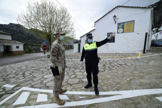 La cooperación con las unidades policiales es total a todos los niveles
