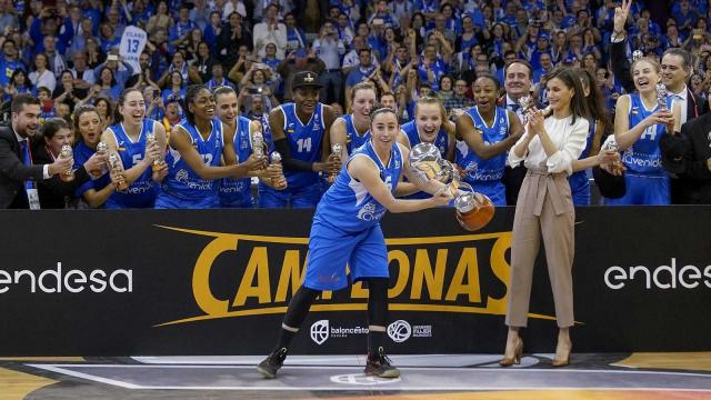 Perfumeriias Avenida, campeón de la Copa de la Reina de baloncesto por cuarta vez consecutiva