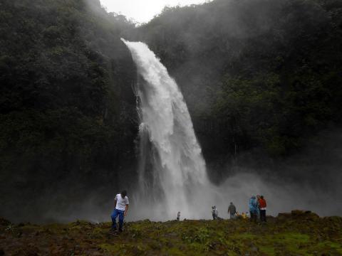 View of San Rafael waterfall, swallowed by sinkhole. [Image source/Christian Paliz, Wikimedia Commons]