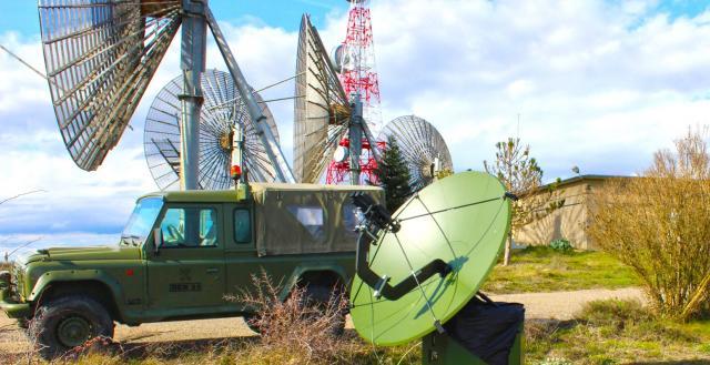 La protección de las comunicaciones y la ciberdefensa se agrupan en un solo mando en la nueva directiva.