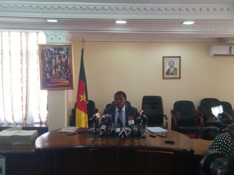 Le Ministre de l'Administratrion Territoriale du Cameroun Paul Atanga Nji (c) MINAT