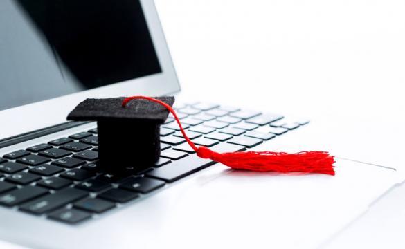 Los estudios en línea son aceptados por las empresas.
