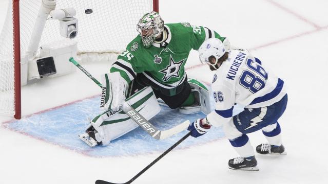 Kucherov hizo el 1-0 para el Lightning - www.usatoday.com