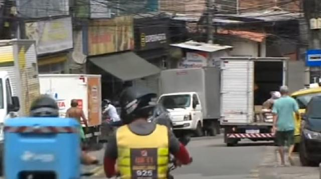 Rio de Janiero's favelas prepare to deal with the coronavirus pandemic. [Image source/CGTN America YouTube video]