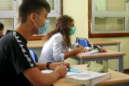 L'obbligatorietà dell'uso delle maschrine in classe viene valutata dal Comitato tecnico-scientifico