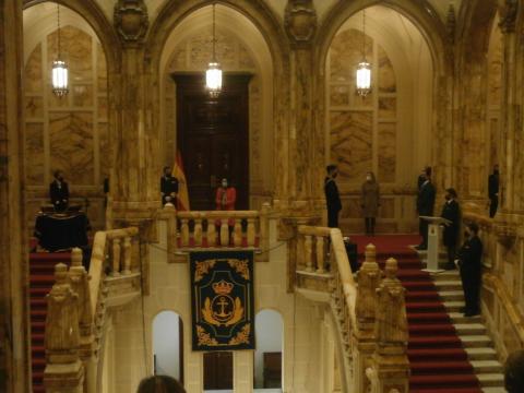 La escalinata principal del CGAR fue el marco ilustre para la toma de posesión