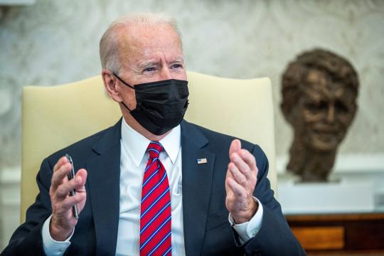 Biden creará un grupo de trabajo para reunir a familias separadas en la frontera.