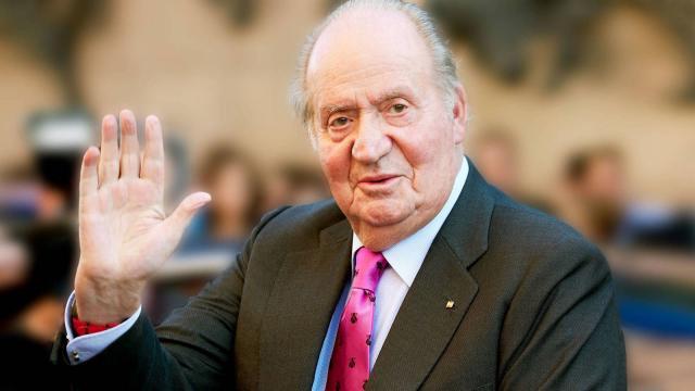 L'ex re di Spagna, Juan Carlos I, 82 anni, è centro di uno scandalo per non avere dichiarato 100 milioni di euro consulenza (Foto Elconfidencial)