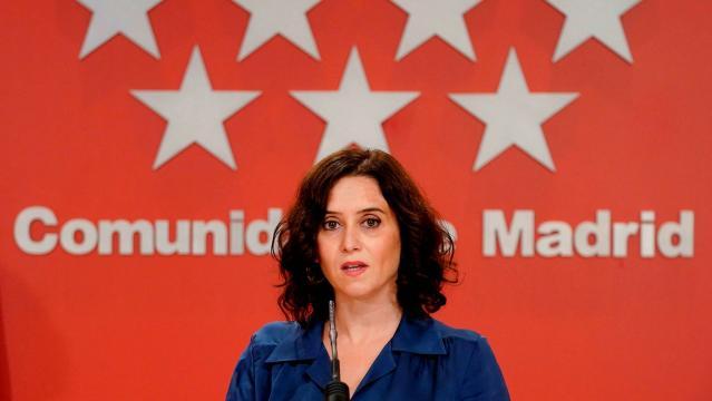 Isabe Ayuso, 42 anni, dal 2019 è presidente della Comunità di Madrid per il Partito Popolare. Ieri ha chiesto elezioni anticipate.
