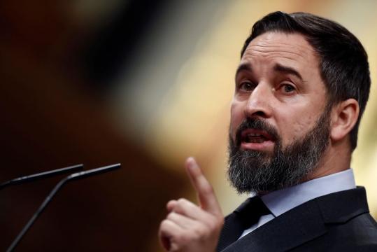 Santiago Abascal, leader di Vox, è contrario all'eutanasia, ma sa un sondaggio di Metroscopia l'87% degli spagnoli dice