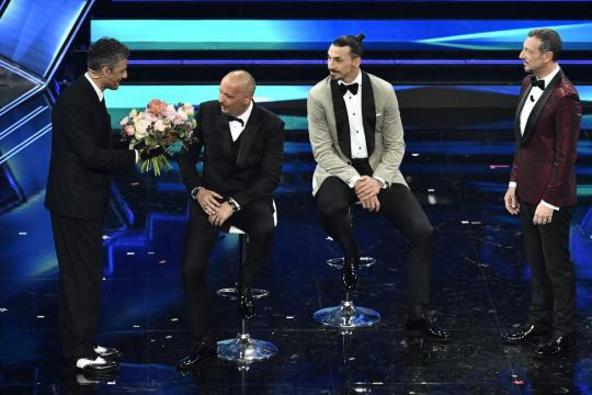 Sinisa Mihajlovic e Zlatan Ibrahimovic, ieri sera sul paco di Sanremo
