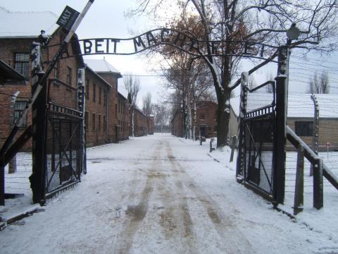 Ingresso del campo di concentramento di Auschwitz.